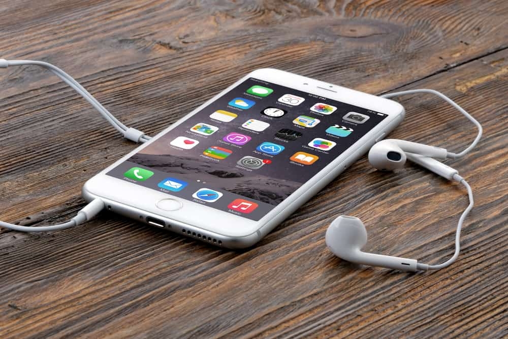 Why you should buy a second hand and refurbished iPhone 6 phone